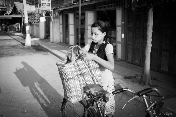 girl n bike bw