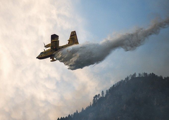 Canadair_in_Action