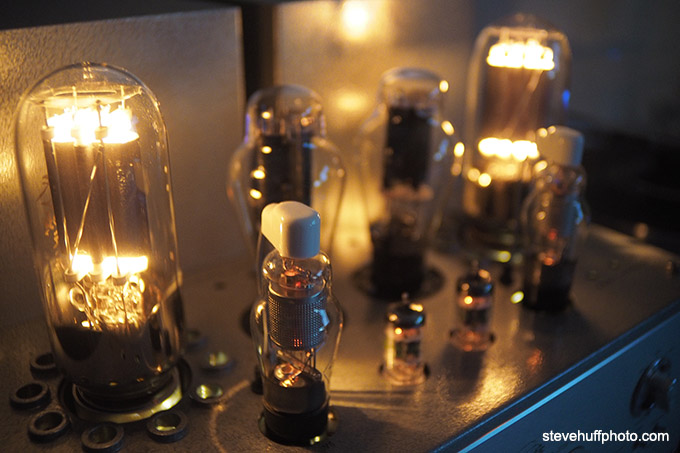 Line Magnetic 219ia Integrated Tube Amp Review  300B and 845 Tube