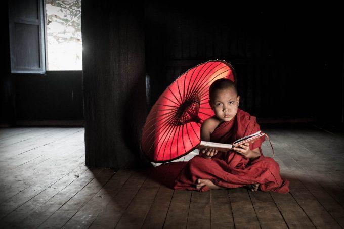 Novice and umbrella, Bagan
