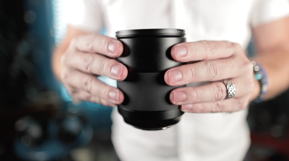 First Look: The Hasselblad 80mm f/1 9 XCD Lens  Their